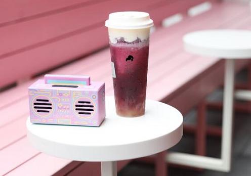 芝士客皇茶是受众的品牌,营业额非常的可观